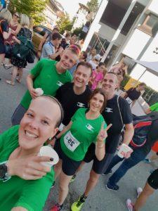crossfirecoaching, aarau Altstadtlauf 2018 Team crossfirecoaching Gruppenfoto Ziel